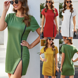 Women's dress with slim fit buttocks
