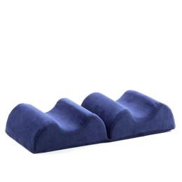 Ergonomic leg cushion in memory foam