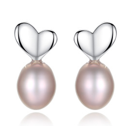Elegant silver pearl earrings