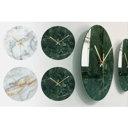 Clock in marbled glass