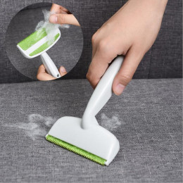 Easily and quickly remove animal hair from sofa, rugs and clothes with all-around brush