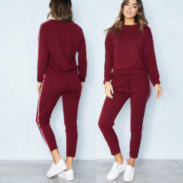 Round neck long sleeve striped sports suit