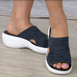 Summer leisure beach ladies sandals and slippers