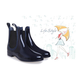 Low tube ladies rain boots