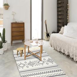 Living Room Geometric Indian Rug