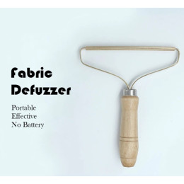 Portable Manual Defuzzer Wood Lint Remover with Pure Copper Head, Beech Handle