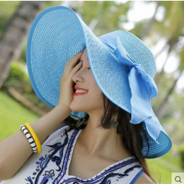 Sun hat with big bow